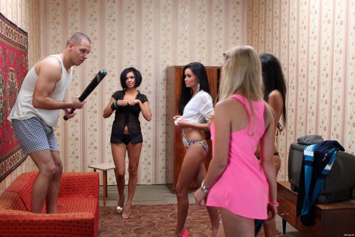 smotret-onlayn-dominiruyushee-porno-russkih