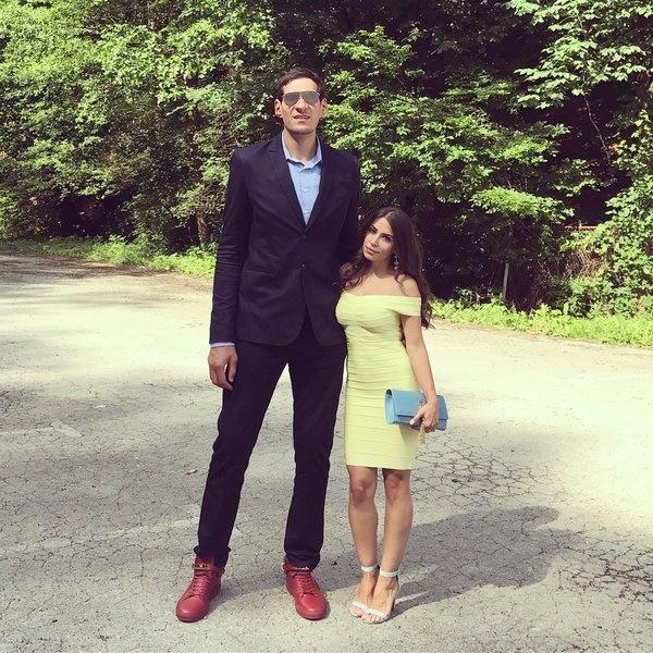 Сербский баскетболист Бобан Марьянович и его жена.