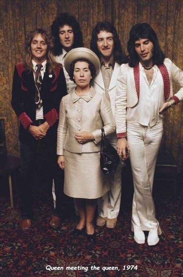 Группа Queen с Королевой . 1974