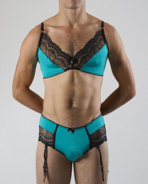 Линия женственного белья для мужчин.