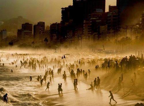 Пляж в Ипанеме (Рио-де-Жанейро)