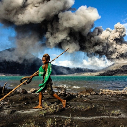 Извержение вулкана Тавурвур